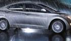 Hyundai Elantra  вид сбоку в дождь