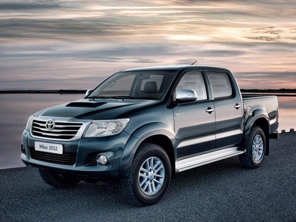 Toyota представила обновленный пикап…
