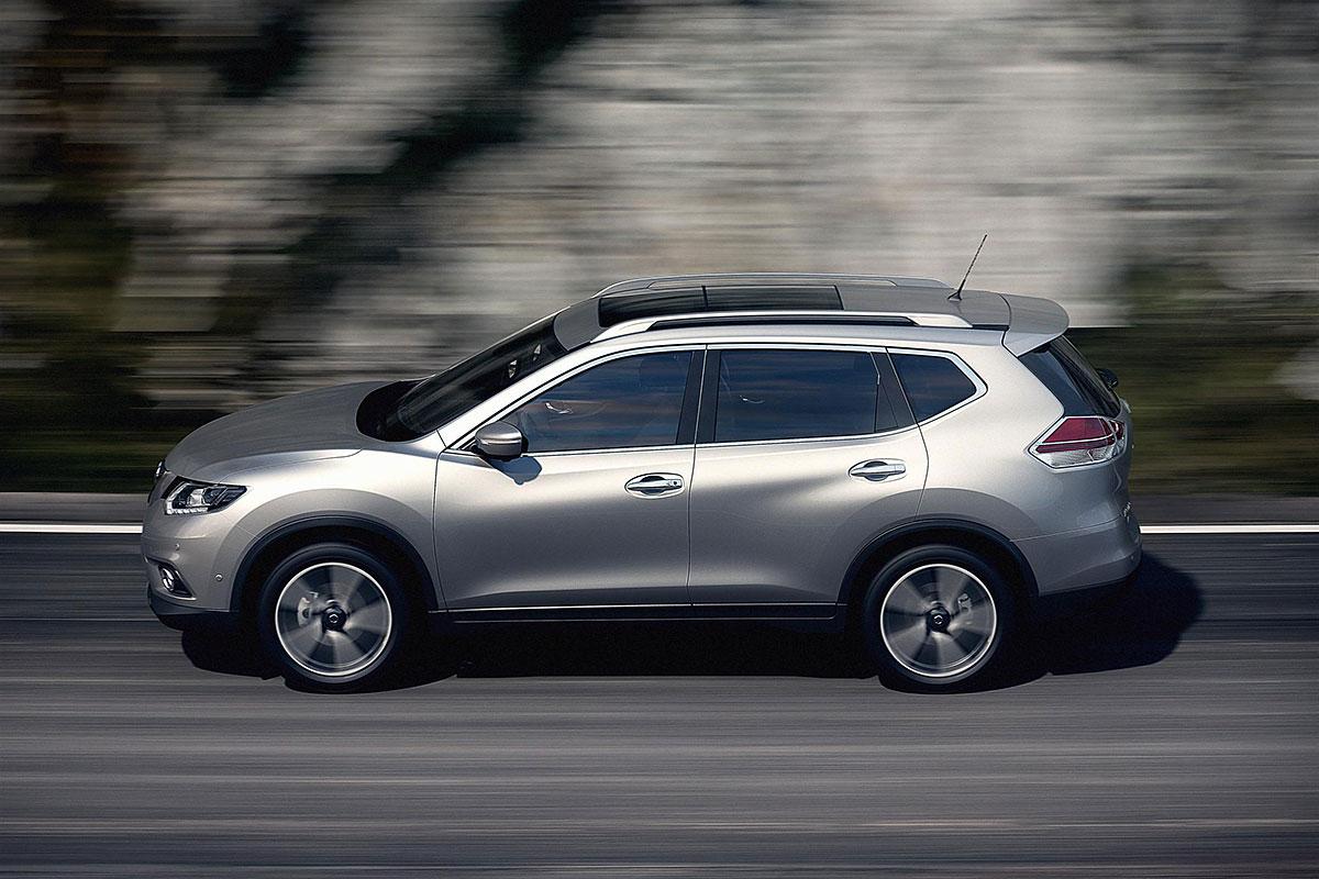 Внешний вид автомобиля Nissan X-Trail 2014 года