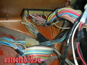 Схема расположения колодок электрики