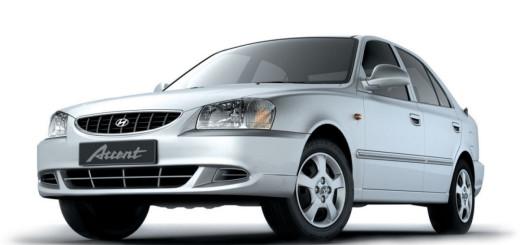 Вид спереди Hyundai Accent