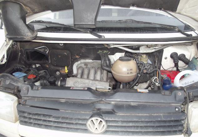 Автомобиль VW Transporter