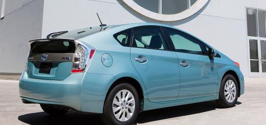 Prius Plug-in Hybrid 2013-го года