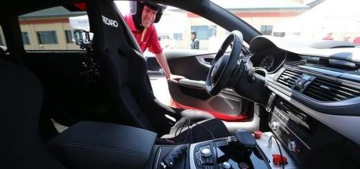 Маркус Хоффман и его Audi RS7 под названием Robby