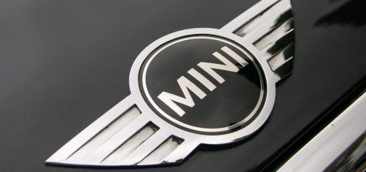 Логотип Mini Cooper