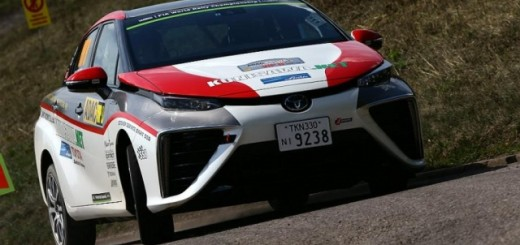 Седан Toyota Mirai на маршруте ADAC Rally