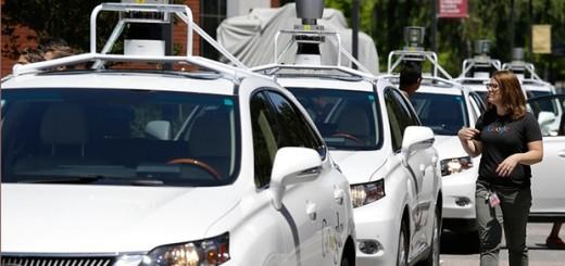 Кроссоверы Lexus с автономным управлением, 2015 год
