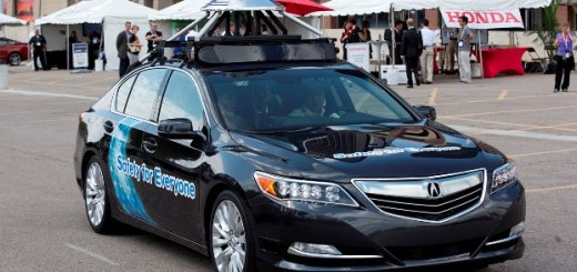 Acura RLX с автономным управлением