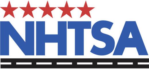 Логотип Национальной администрации NHTSA