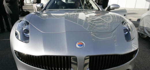 Один из серийных электромобилей Fisker Karma