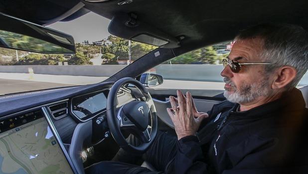 Путешествие Таупо-Веллингтон, Tesla S