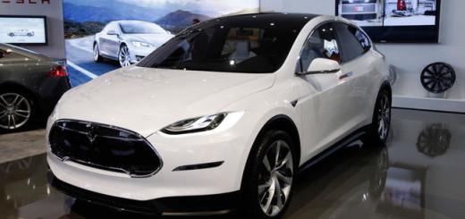 Tesla Model X, 2016 год