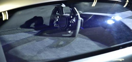 AM-RB 001, бренд Aston Martin