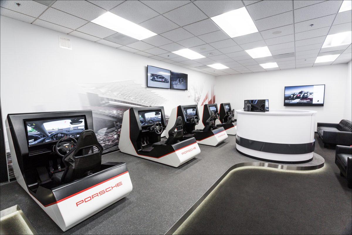 Porsche Experience Centre, Лос-Анджелес, 2016 год