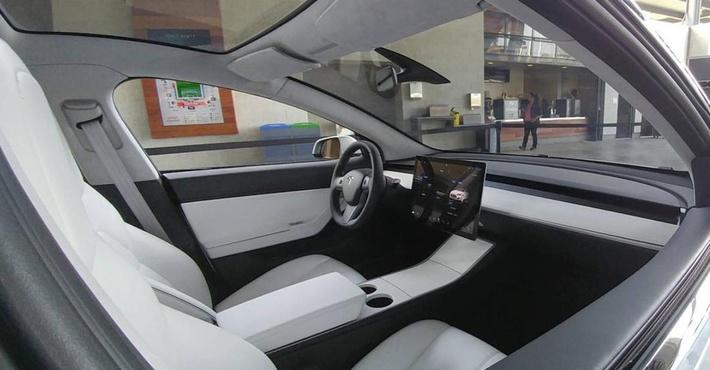 Tesla Model 3, концепт 2016 года