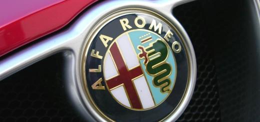 Эмблема Alfa Romeo