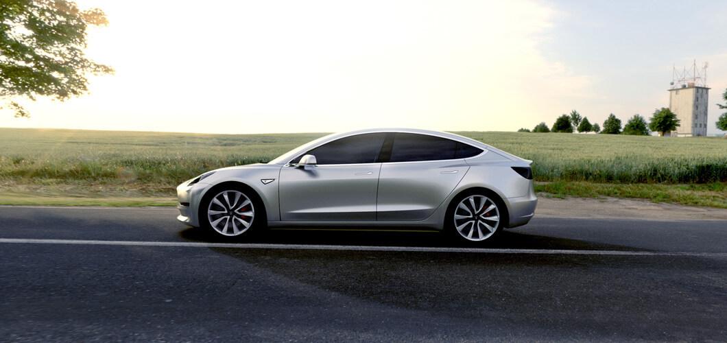 Model 3, бренд Tesla, 2017 год